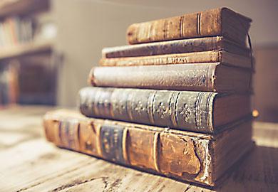 Scantisch historische Bücher
